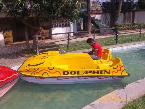 FRP Paddle Boat (dolphin), Size/Dimension: 10ft X 5ft, 4