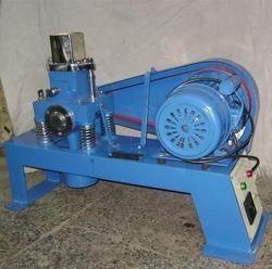 Motor Mild Steel Vibrating Machines for Industrial, Power: 0-1 Kw