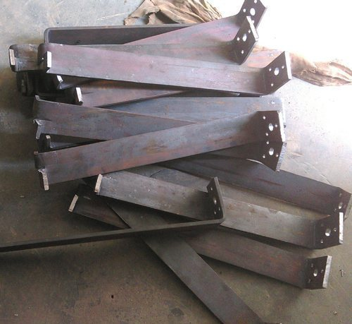 Iron Hold Fast For Door Frame Packaging 50 100 Pieces Rs 60