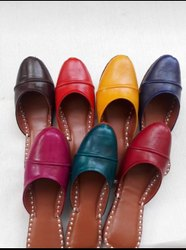 Colorful Back Open Mules Juttis