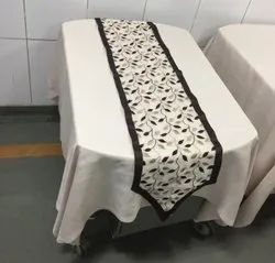 IRD table cover and runner