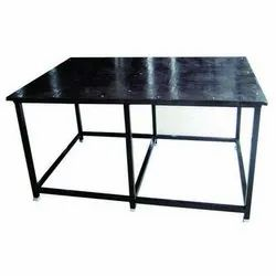 Silver Mirror Finish Stainless Steel Work Table, For Commercial