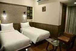 Deluxe Room Rental Services