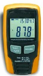 Data Logger for Temperature & Humidity