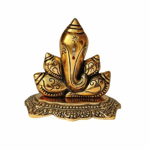 Along with Ganesha idols, Durga idols, Lakshmi idols, Shiva idols and many more are there which can be considered as a gift items.