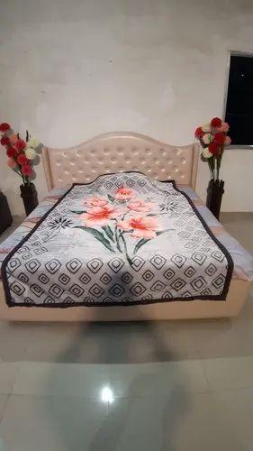 Single Bed Grey Warm Blanket