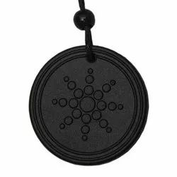 Black Quantum Scalar Energy Pendant