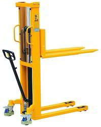 Electric Fork Stacker Hydraulic Stacker, For Industrial