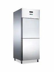 Trufrost Silver Reach in Refrigerators GN 680TNM