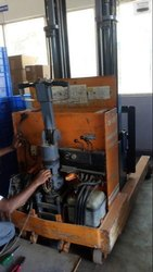 Cylinder, Piston Pump And Valve Hydraulic Stacker Repair Service, Bengaluru