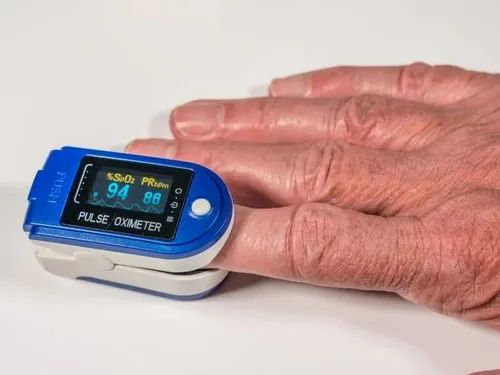 Covid - 19 - Dual Color LED Fingertip Pulse Oximeter Wholesale Sellers from  Mumbai
