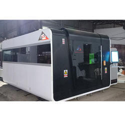 Fiber Laser Cutting Machine With Full Body Cover