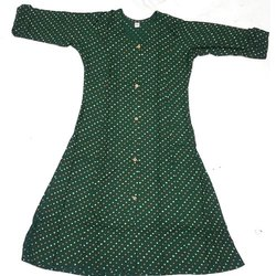 Casual Wear Green Ladies Fancy Printed Cotton Kurti, Size: S-XXL