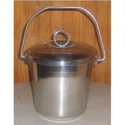 17 Liters Stainless Steel Milk Bucket