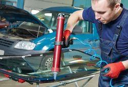Car Glass Repairing Service