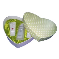 Heart Shaped Cosmetic Packaging Box