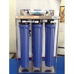 Automatic Commercial UV Water Purifier, Capacity: 30-40 Ltr/hr