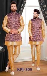 Fashionable Mens Kurta Pyjama With Jacket