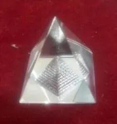 Kesar ZemsPyramid - Crystal Pyramid with Fengshui Wind Chims