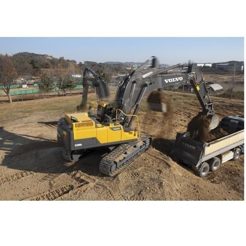 Volvo Medium Crawler Excavators EC300DL - Volvo Group India Private