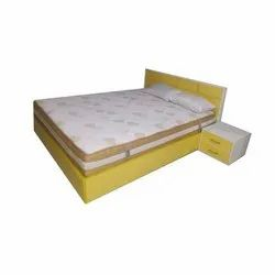 Wood Modern Yellow Wooden Double Bed, Size: 6x7 Feet