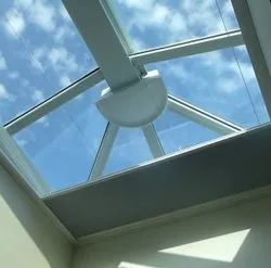 Motorized skylight blind