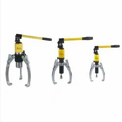 Adjustable hydraulic Gear puller