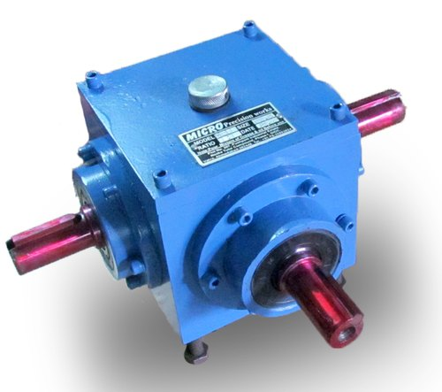 Twin Output Bevel Gearbox