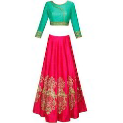 Medium Embroidered Traditional Wear