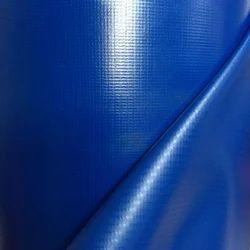 蓝色的帆布