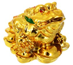 Kesar Zems Ceramic Vastu Feng Shui Frog Figurine (4 cm x 4 cm x 4 cm, Gold)