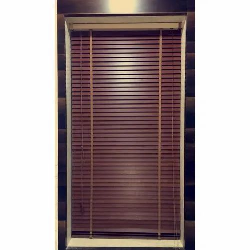 Brown Bamboo Roll Up Blind Size 4 5 Feet Rs 120 Square Feet Sumeru Enterprises Id 21494083712