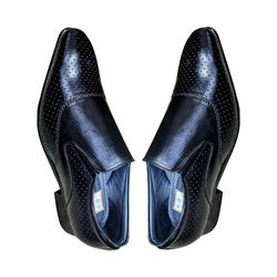 Amriwala Mens Dotted Pattern Leather Formal Loafer Shoes, Size: 6-14