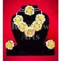 Female Flower Jewellery Set For Mehndi
