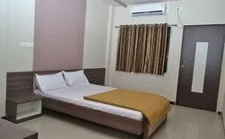Standard Double Bed AC Room Rental Service