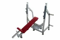Realleader USA Custom Olympic Incline Bench, For Gym, 75 Kg