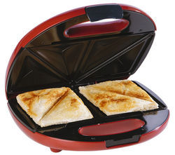 Red And Black Sandwich Toaster, 750 W