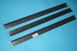 Pm74 Wash Up Blade,Pm74 Rubber Wash Up Blade,9 Holes, High Quality for Industrial