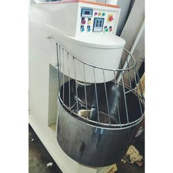 Stainless Steel Spiral Mixer Machine, For Cake