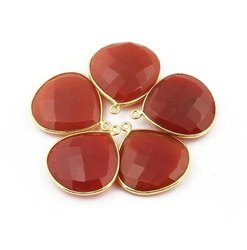 Red Onyx Pear Shaped Gemstone Bezel Jewelry Connectors