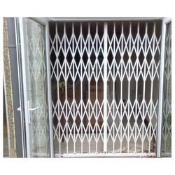 White Mild Steel MS Collapsible Gate