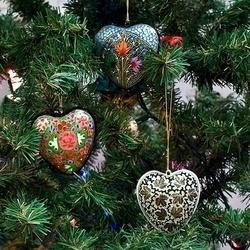 Custom brand custom colour Hanging Christmas Decorations, Size: 2 and 5 inch