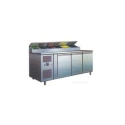 Pizza and Salad Counters
