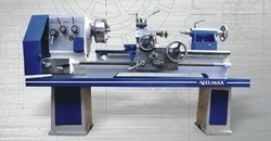 All Geared Medium Duty Lathe Machine