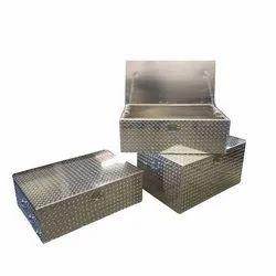 2.5 Feet Aluminum Trunk Box, Thickness: 2 mm