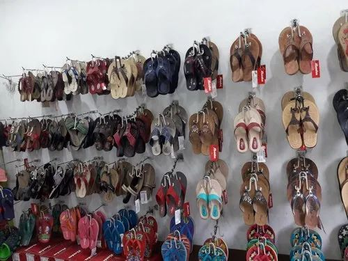 Wall Mounted Shoe Hanger