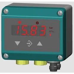 Fischer DE38 Differential Pressure Transmitter