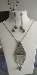 Oxidised Chains With Antique Pendant And Jumka Ear Rings