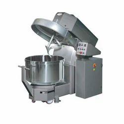 Chemical Mixer, Capacity: 3200 L