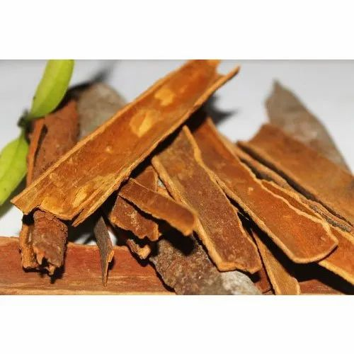 Paras Spices Cinnamon Stick, Packaging Size: 1 Kg, Packaging Type: Packet